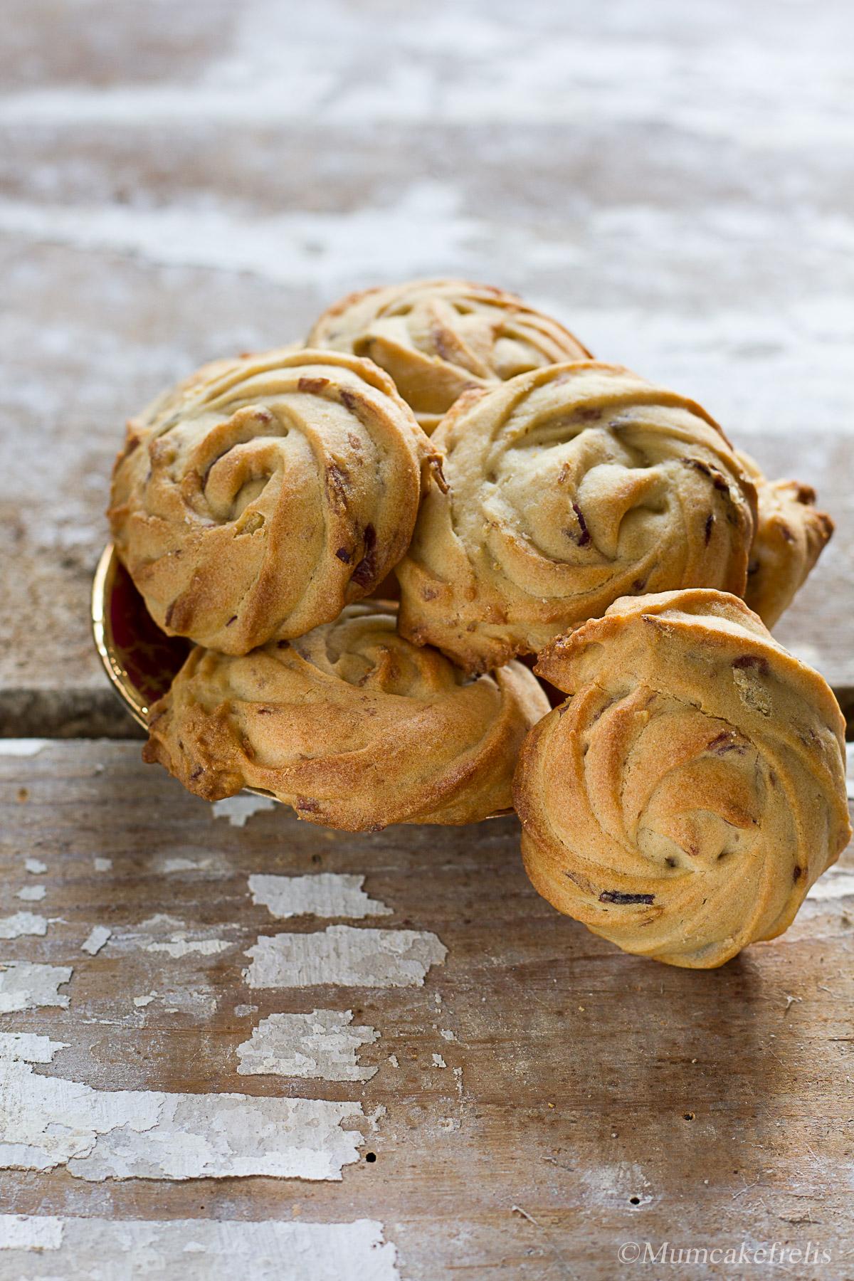 biscotti con acqua di rose