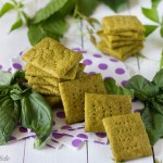 crackers al pesto
