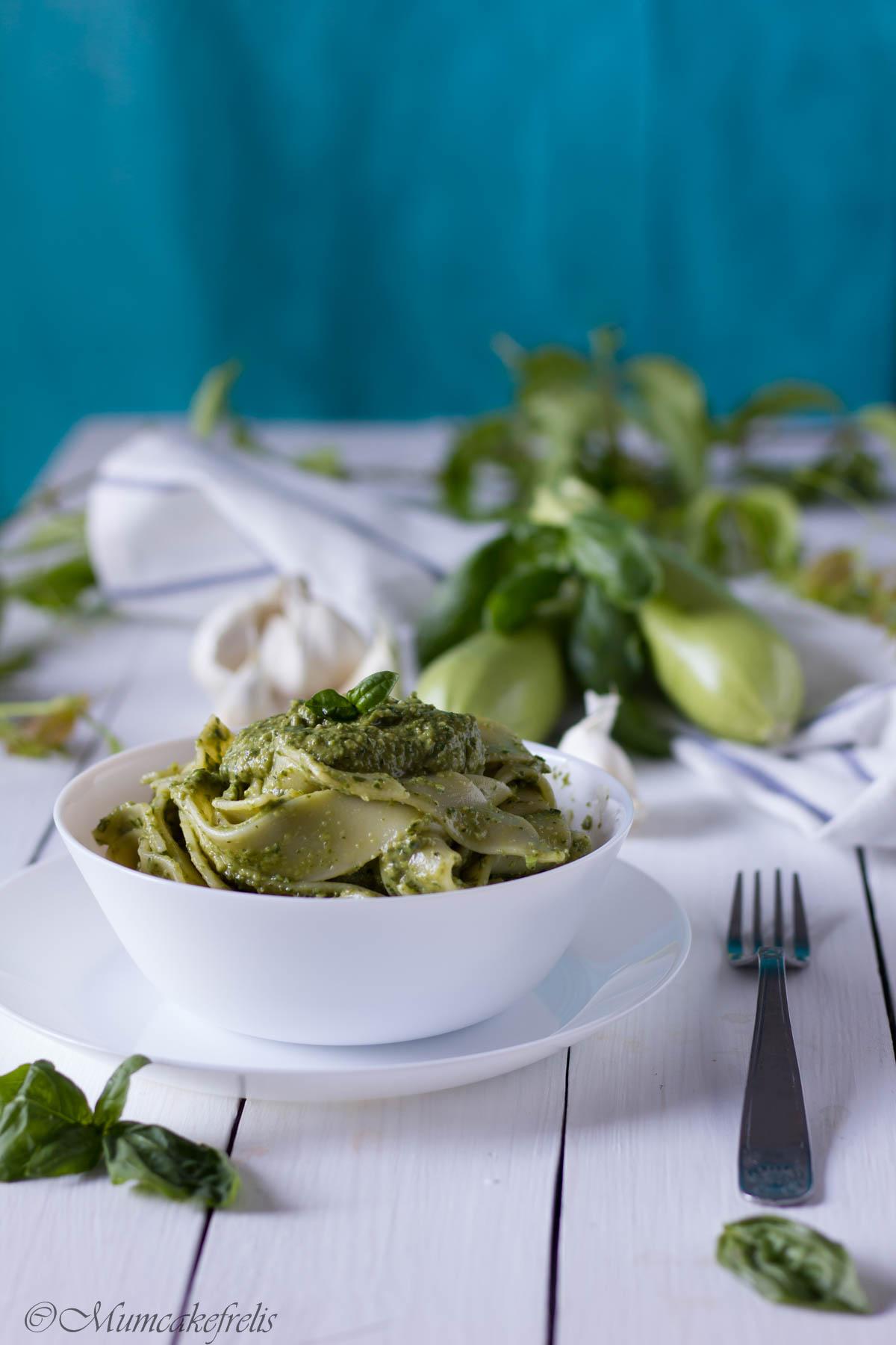 pesto zucchine crude, pesto zucchine da conservare,