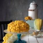 Torta mimosa, un dolce fiore per la festa della donna