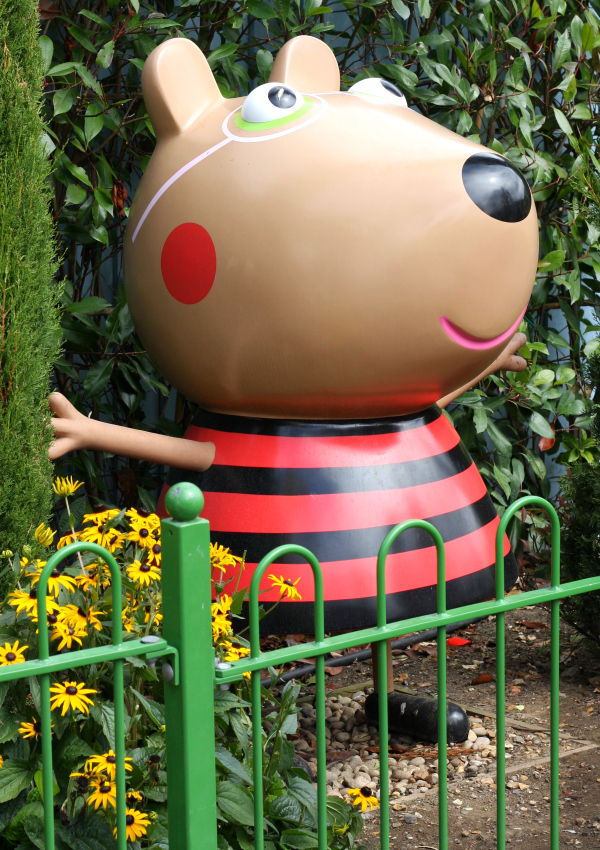 Peppa Pig World character