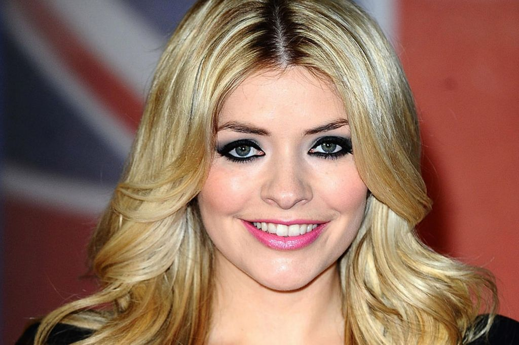 Holly Willoughby TV mum