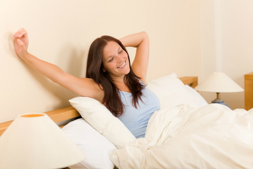 go to bed earlier for a healthier lifestyle