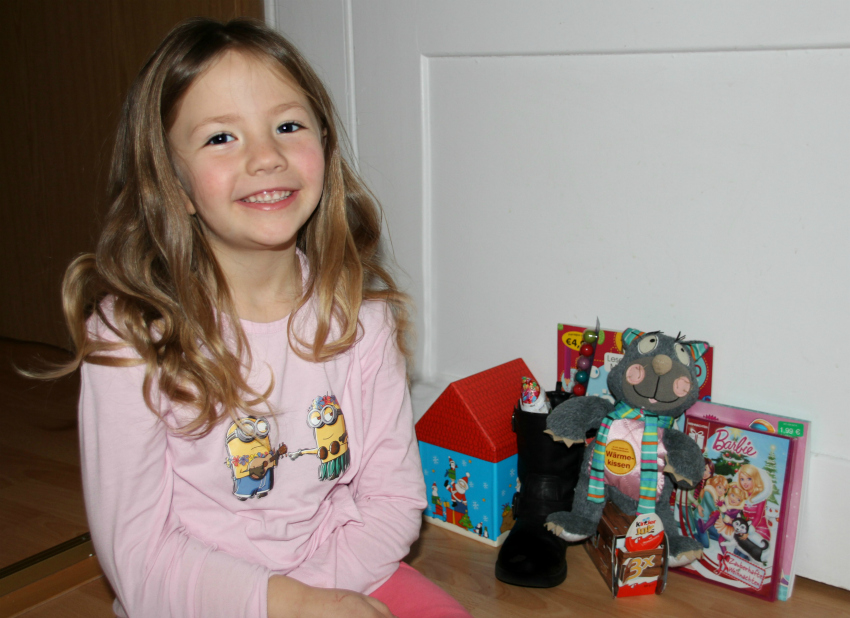 What's in Amy's boot for St Nicholas Day, Nikolaustag, Nikolausstiefel, St Nicholas Day gifts