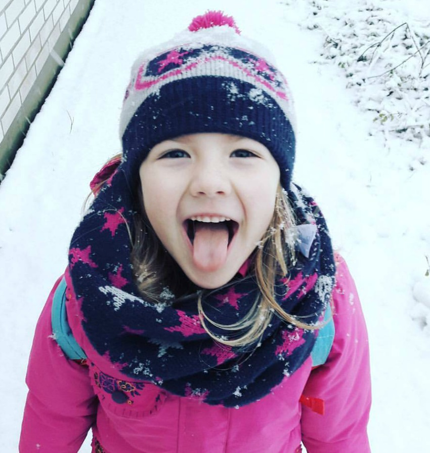 amy in the snow 2017 little loves