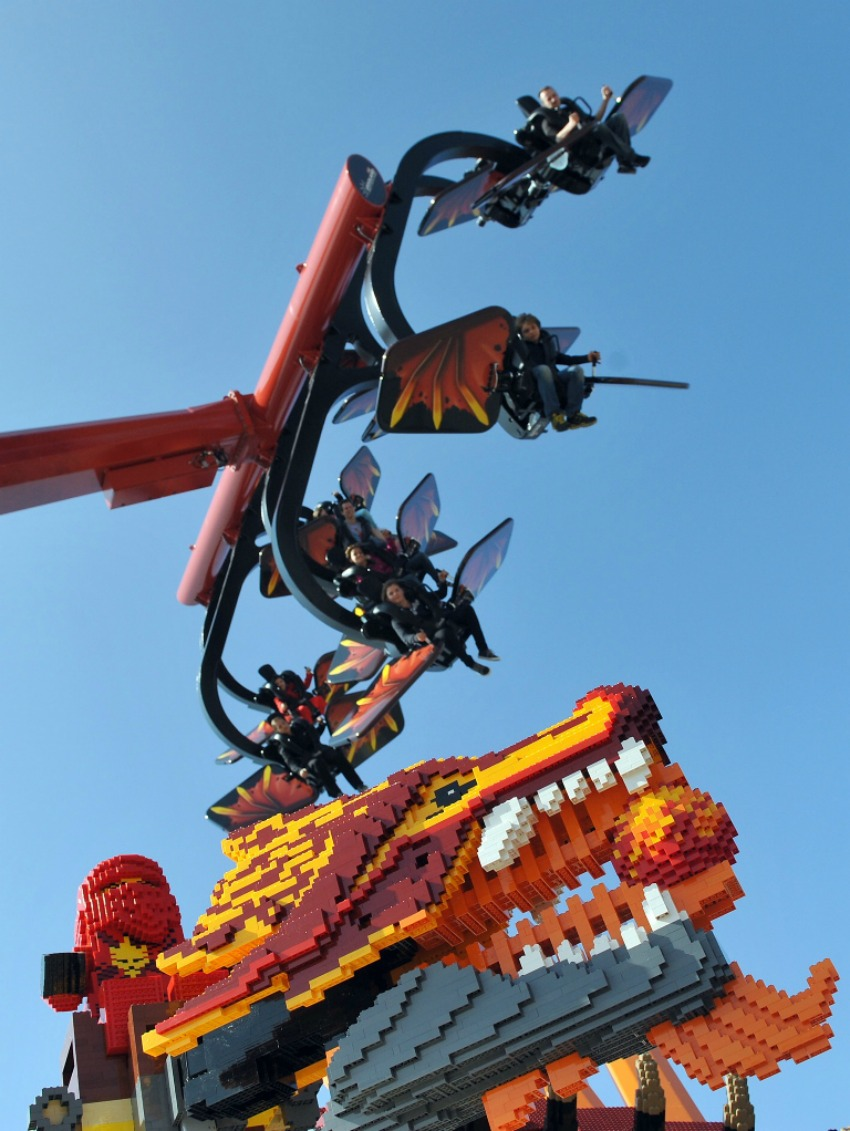 Legoland-Deutschland-Legoland-Germany-Legoland-Günzburg-little-asia_flying-ninjago-2