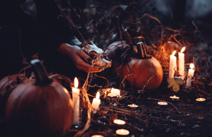 Tips for your Halloween party (food, decorations, games & more) with Thorntons Chocolate