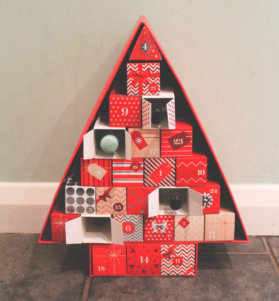 how-to-make-your-own-gin-advent-calendar