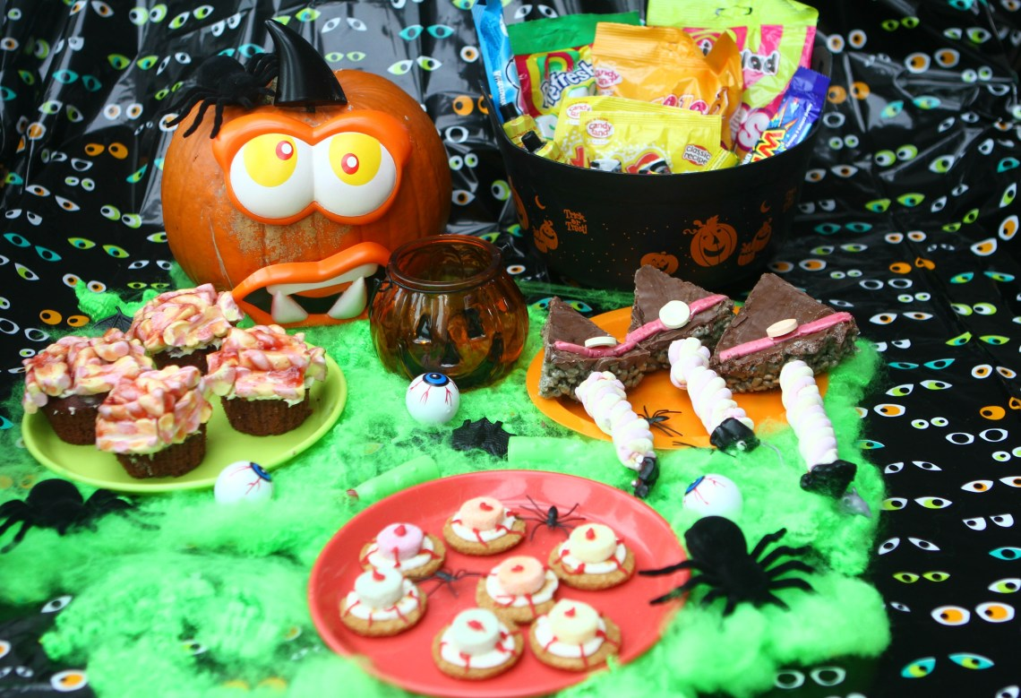 Three Easy Halloween Party Food Hacks: Witch Hat Crispy Cakes, Eyeball Cookies and Zombie Brain Cakes