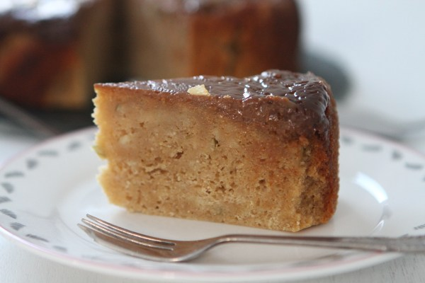 Slow Cooker Toffee Apple Cake