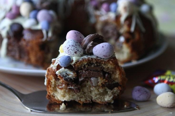 Creme Egg Surprise Cake