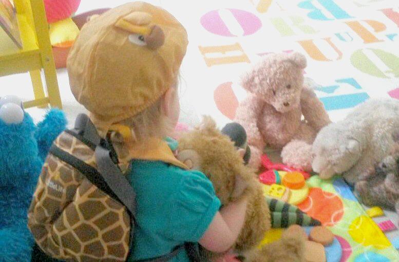 5decb9d6cb4 My daughter wearing her giraffe Littlelife toddler backpack with reins