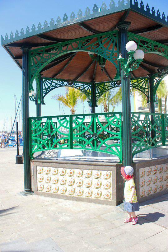 gran-canaria-puerto-mogan-bandstand