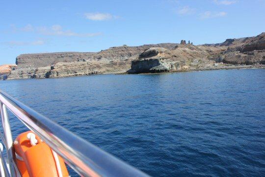 gran-canaria-puerto-mogan-boat