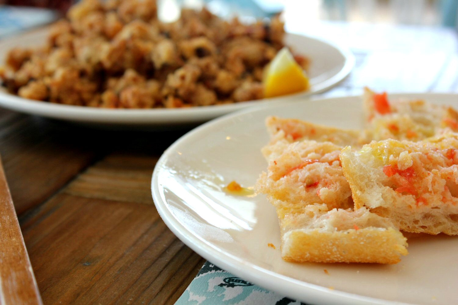 Seafood and tomato bread. My photo tour of Costa Barcelona