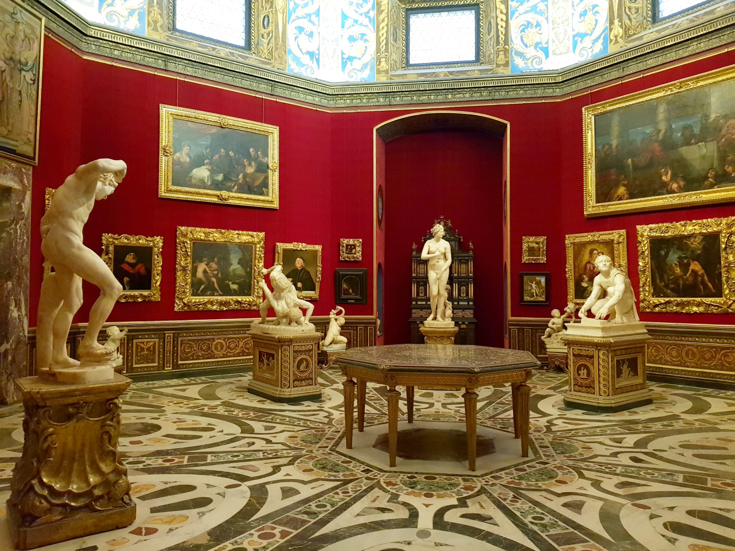 The tribuna of the Medici in the Uffizi gallery in Florence, Italy - my Uffizi tour with kids and gelato making day in Florence