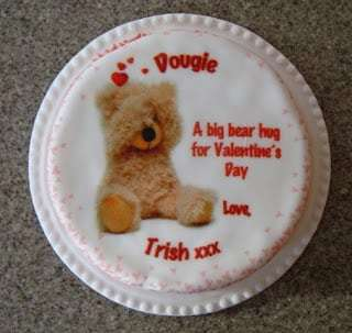 Valentine cake by Baker Days