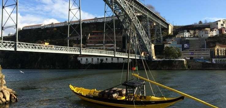 Barcos rabelo Dom Luis I bridge