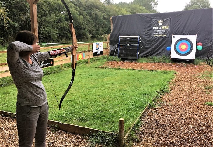 Archery lesson at The Cotswold Range