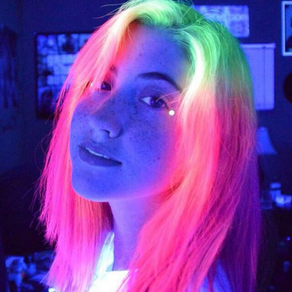 Glow In The Dark Hair Is The Latest Trend Mums Lounge