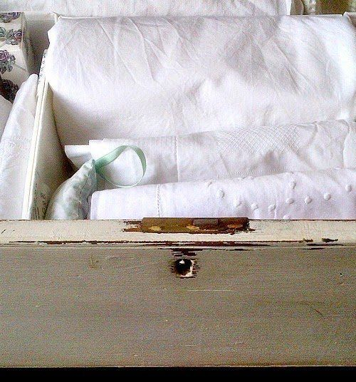 Declutter, quick declutter, tips on how to do a quick declutter