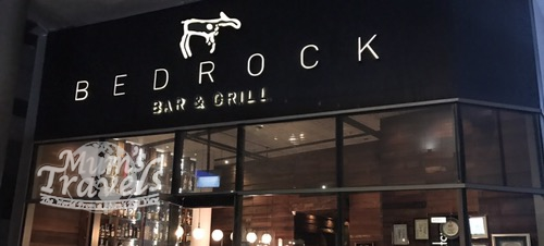 Eating in Singapore – Wagyu Tomahawk @ Bedrock Bar & Grill