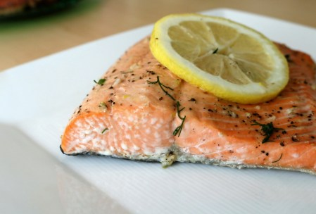 Salmon with Garlic, Lemon