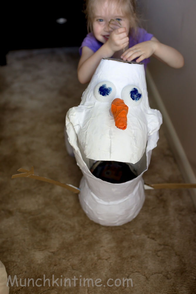 How To Make #Olaf #Pinata Easy DIY Tutorial - It is not hard to make as it seems and it cost me around $5.00 not bad compare to buying it online for $80.00. http://www.munchkintime.com/