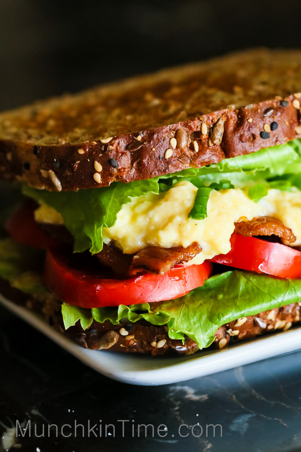 Tomato Bacon Egg Open Faced Sandwich Recipe by Love Keil -- www.munchkintime.com #sandwichrecipe