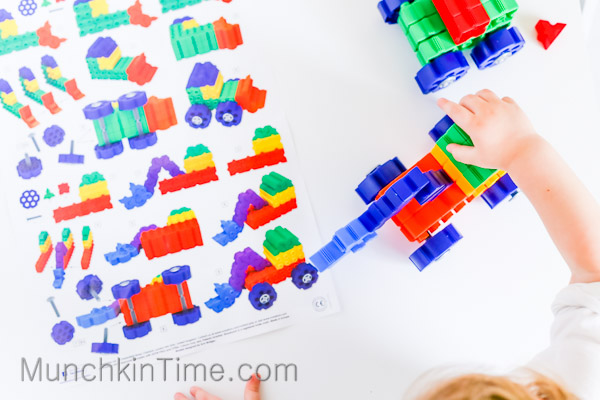 Thinkplay STEAM JR Kit - Timberdoodle Review #costructiontoys // www.munchkintime.com