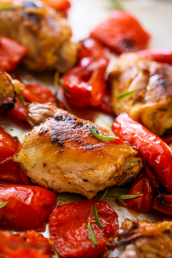 Caramelized Rosemary Chicken Recipe - delicious dinner ready in just 30-minutes -- http---www.munchkintime.com- #30minutemeal #rosemarychickenrecipe