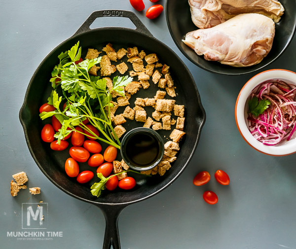 Chicken Tomato Panzanella - delicious chicken meal with an extra kick! It is so Good!!!