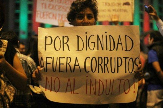 _Uno de los mensajes de la marcha también fue para la clase política peruana