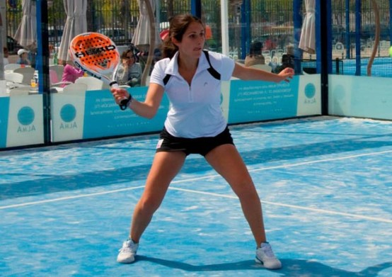 Esther Lasheras ficha por Power Padel