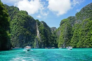 Fotos de la preciosa y mega turística Maya Bay, en la isla de Koh Phi Phi