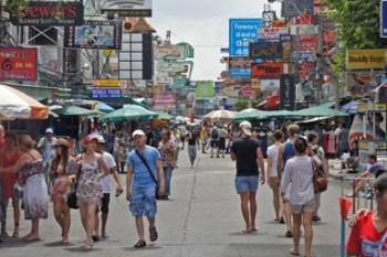 Conociendo la calle Khao San Road, el gueto de mochileros de Bangkok