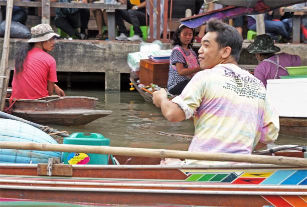Fotos del Mercado flotante de Amphawa en Tailandia (3)