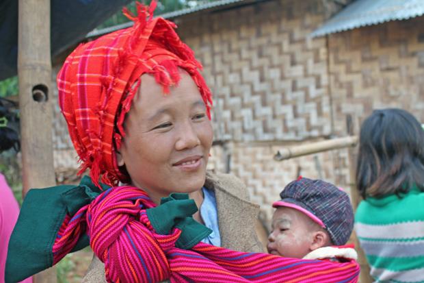 Mujer-tribal-Foto-de-Albert