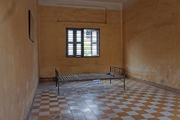 Museo-S-21-Sala-de-Interrogación
