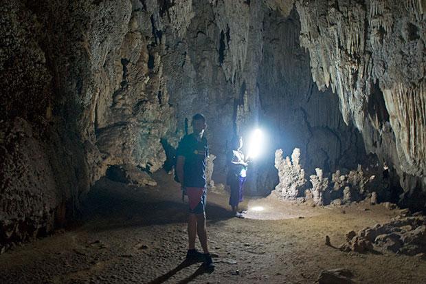 Cueva-de-khao-sok