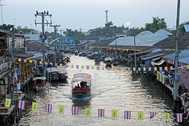Mercado-flotante-de-Amphawa