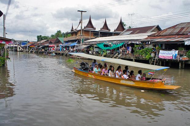 barco-en-ampawa