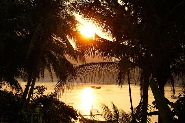 Puesta-de-sol-en-Laos