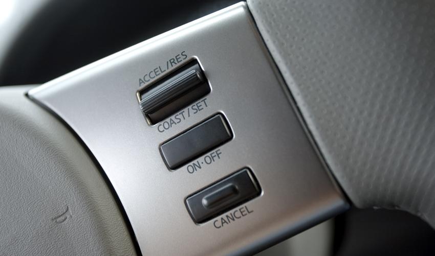 nissan frontier pick up en el sal n de buenos aires 2011 mundoautomotor. Black Bedroom Furniture Sets. Home Design Ideas
