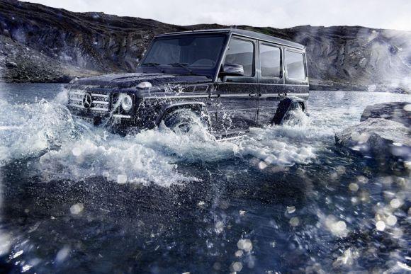 Mercedes-Benz G-Class Off Road água