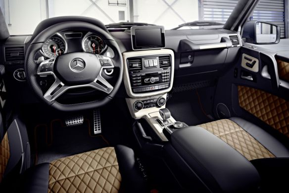 Mercedes-Benz G-Class Interior Painel