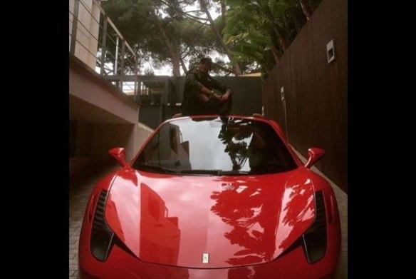Neymar Jr  Ferrari 458
