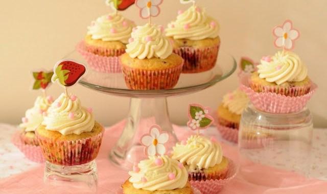 Cupcakes de Frambuesas y Chocolate Blanco