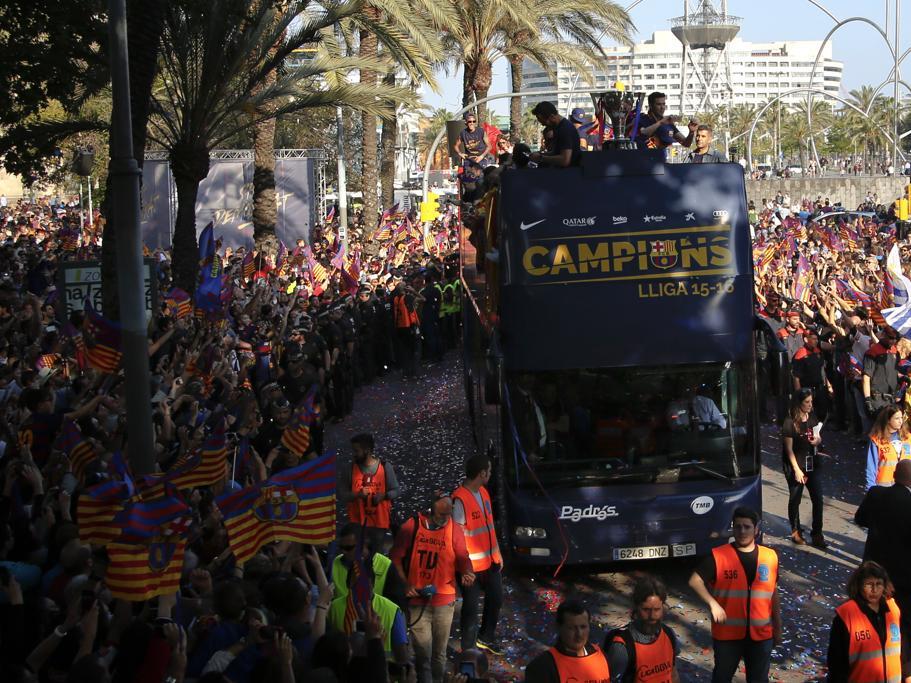 La rúa del Barça en imágenes