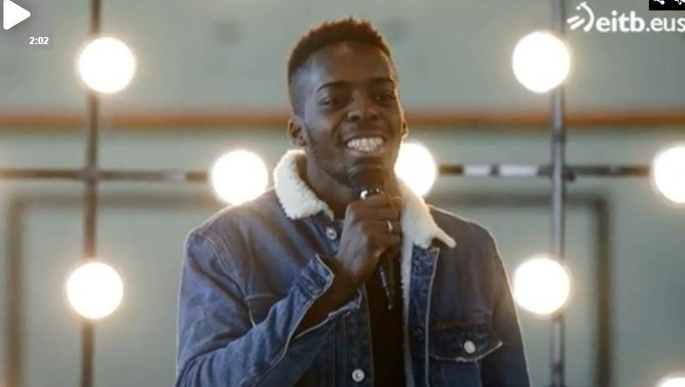 Iñaki Williams se arranca con la canción que popularizó Bustamante en OT.